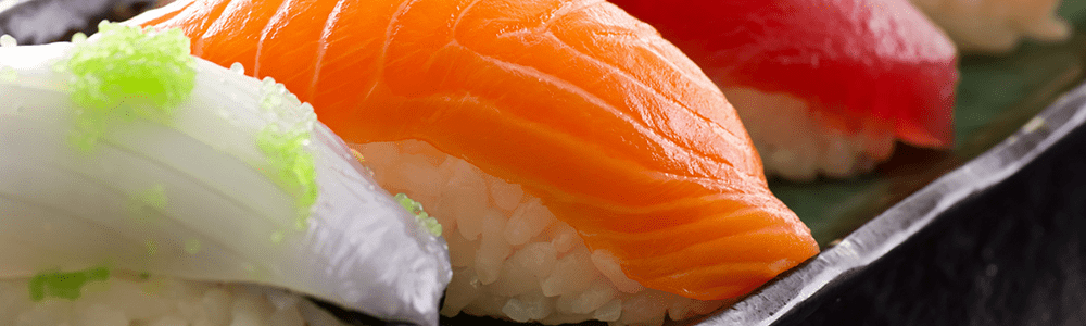 Sushi nigiri and gunkan